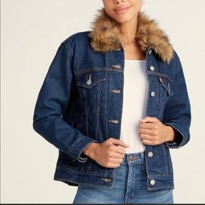 Levi's ex boyfriend denim jacket faux fur collar